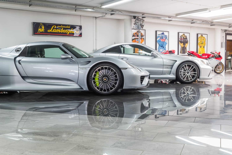 Deman Brussels Sa Le Plus Grand Specialiste Mercedes Et Ferrari